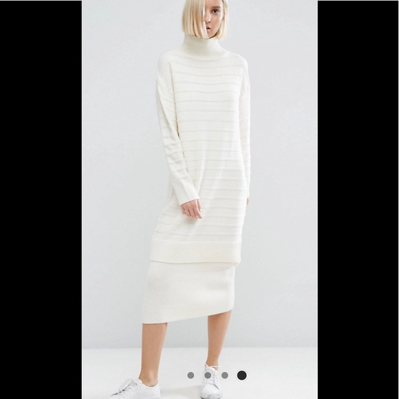 ASOS Sweater Dress in Chunky Ripple Stitch Size 4